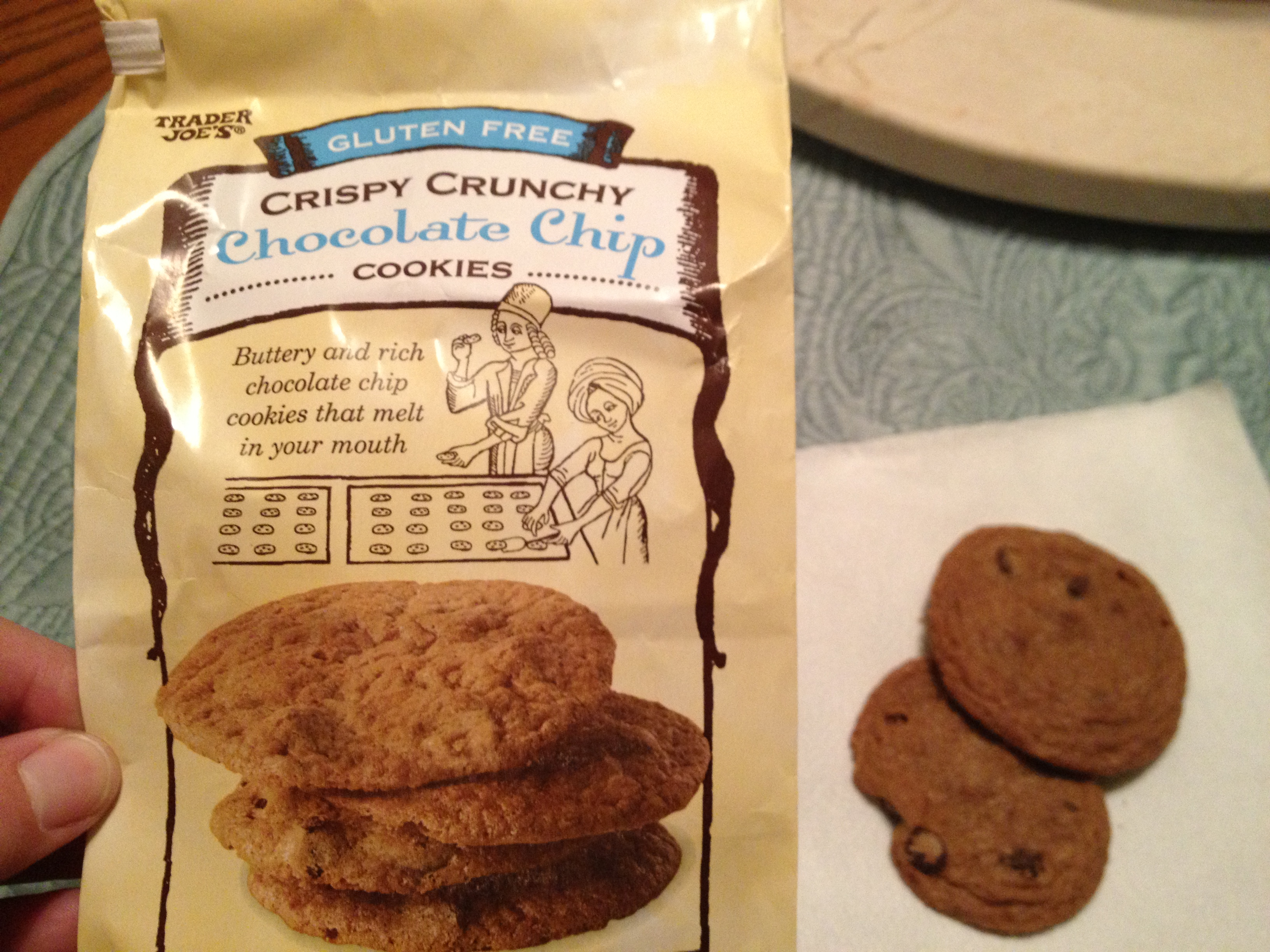 Trader Joe's Gluten-Free Chocolate Chip Cookies: A Product Review ...